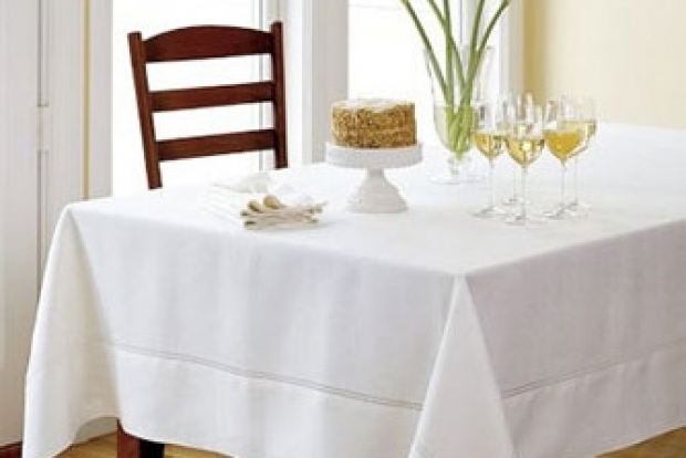 Khăn trải bàn ăn khách  sạn